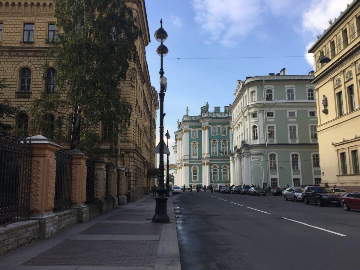 экскурсия по миллионной улице