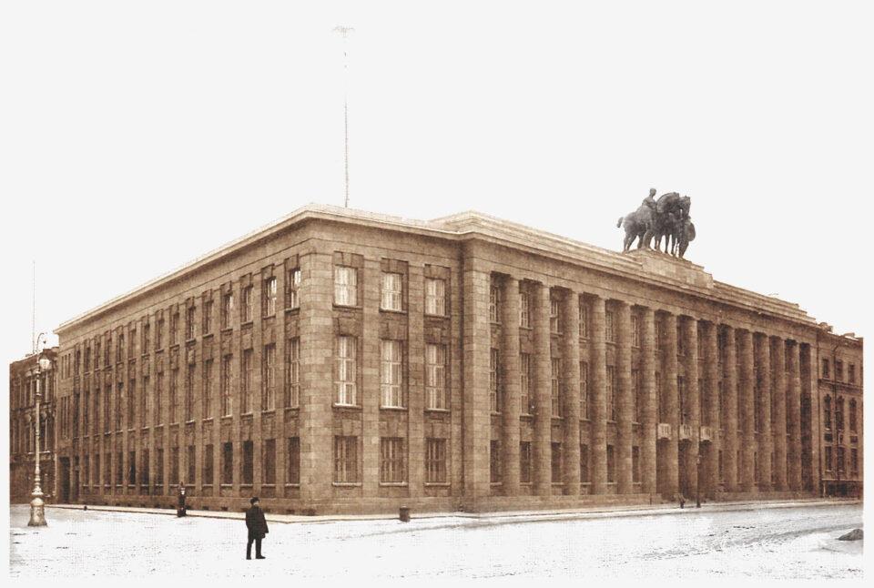 экскурсия по центральным площадям петербурга