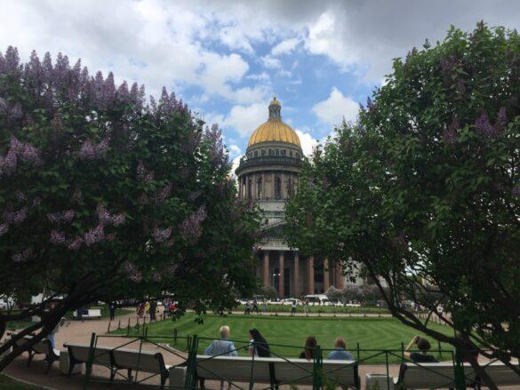 Исаакиевская площадь и собор