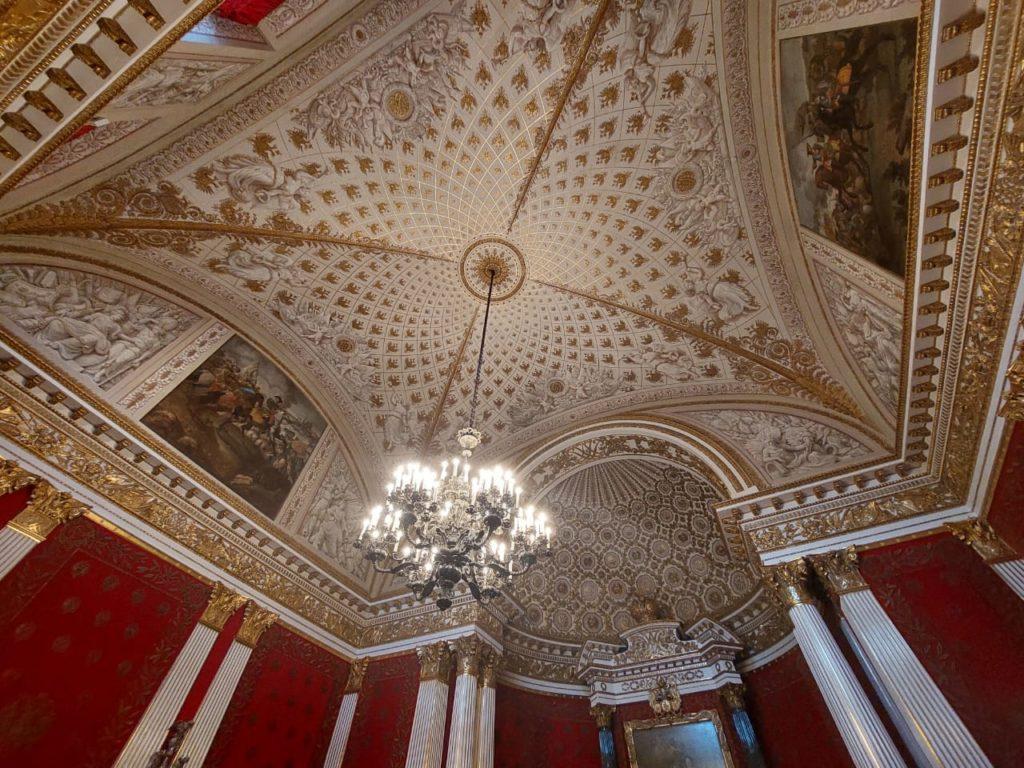 Экскурсия по интерьерам залов Эрмитажа